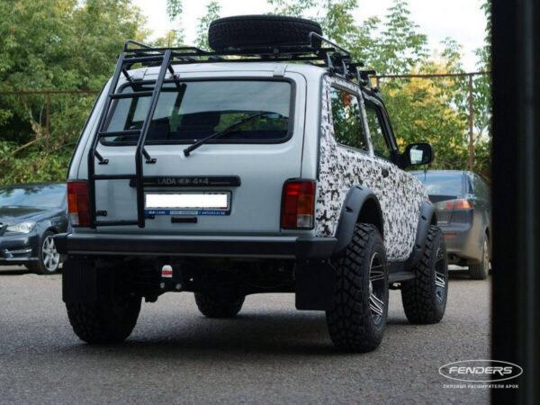 Расширители колесных арок Lada 4X4 5D (сзади)