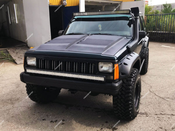 Силовые расширители арок Jeep Cherokee XJ спереди